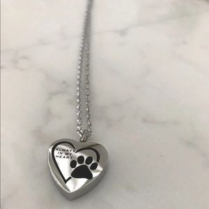 Jewelry - Pet Urn Cremation necklace
